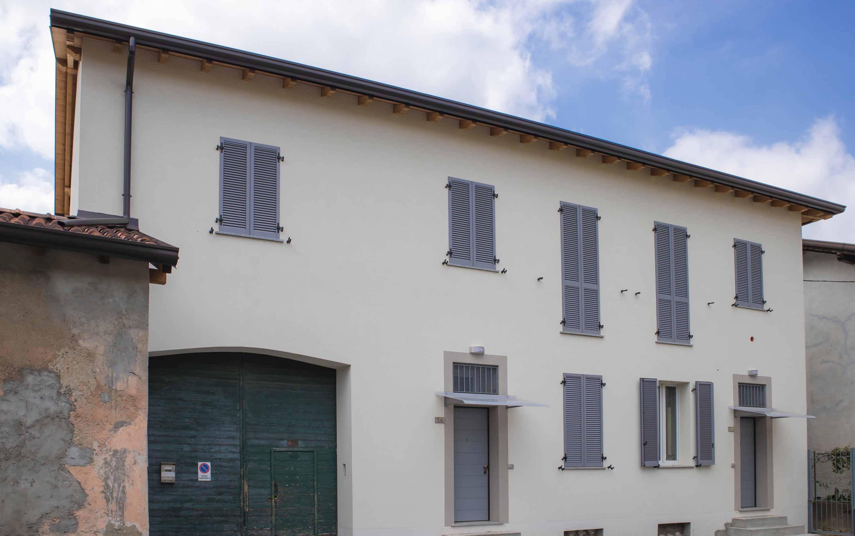 facciata esterna appartamento Besana Brianza (MB)